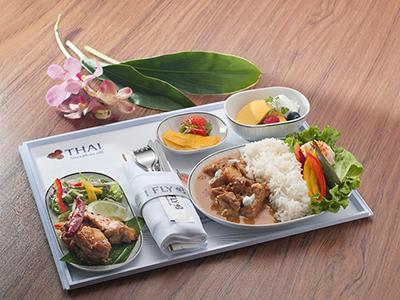 タイ国際航空ビジネスクラスの機内食を再現した特別メニュー